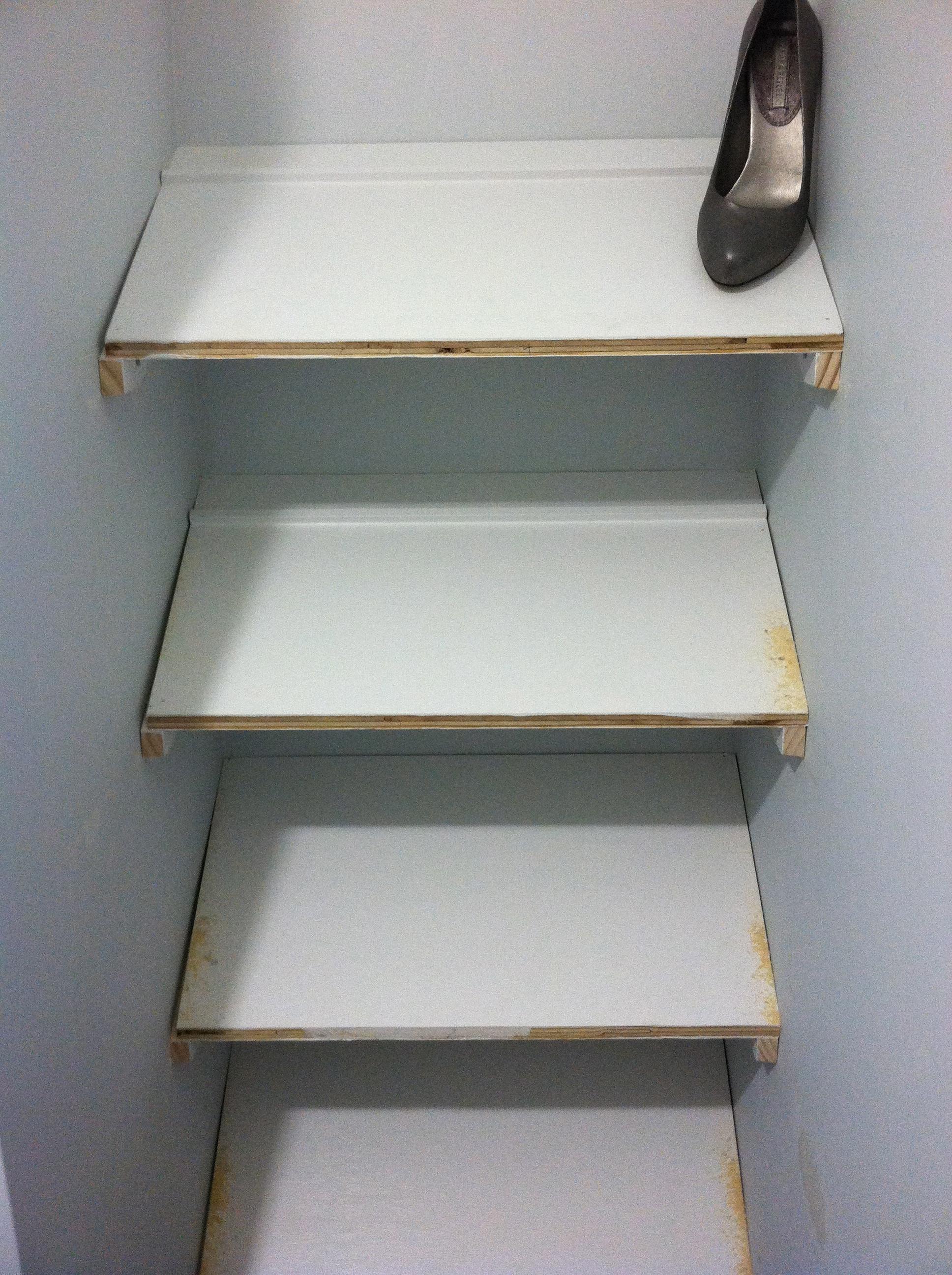 Designer shoe shelves on a budget sunshineandsawdust for Slanted shelves ikea