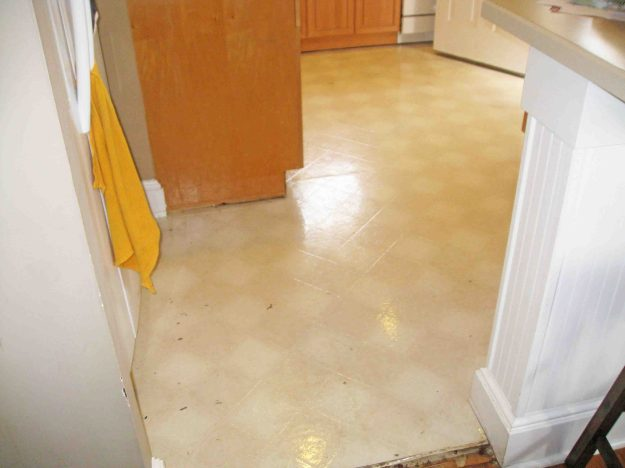 Removing linoleum flooring