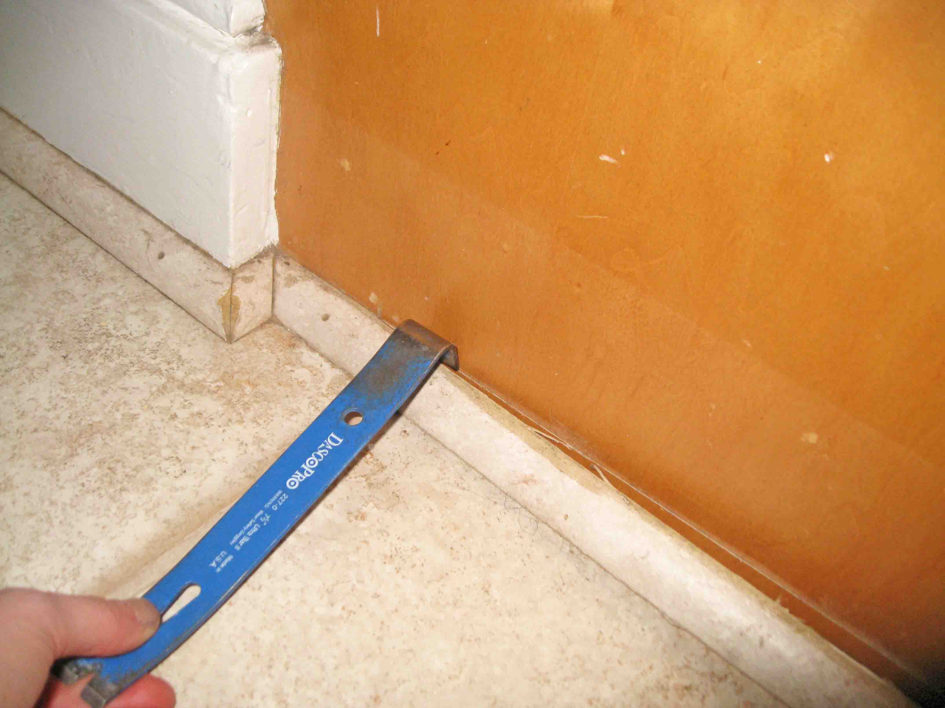 Layers of linoleum sunshineandsawdust removing linoleum flooring dailygadgetfo Choice Image