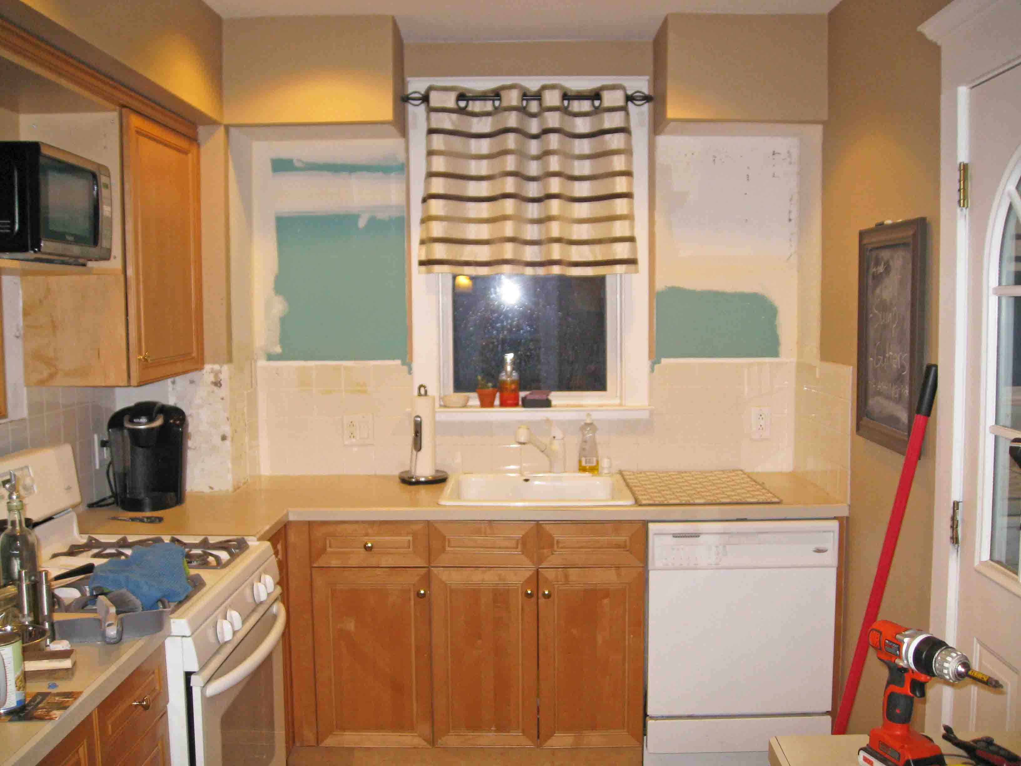 how to remove paint from kitchen cabinets remove kitchen cabinets removing kitchen soffits 17344