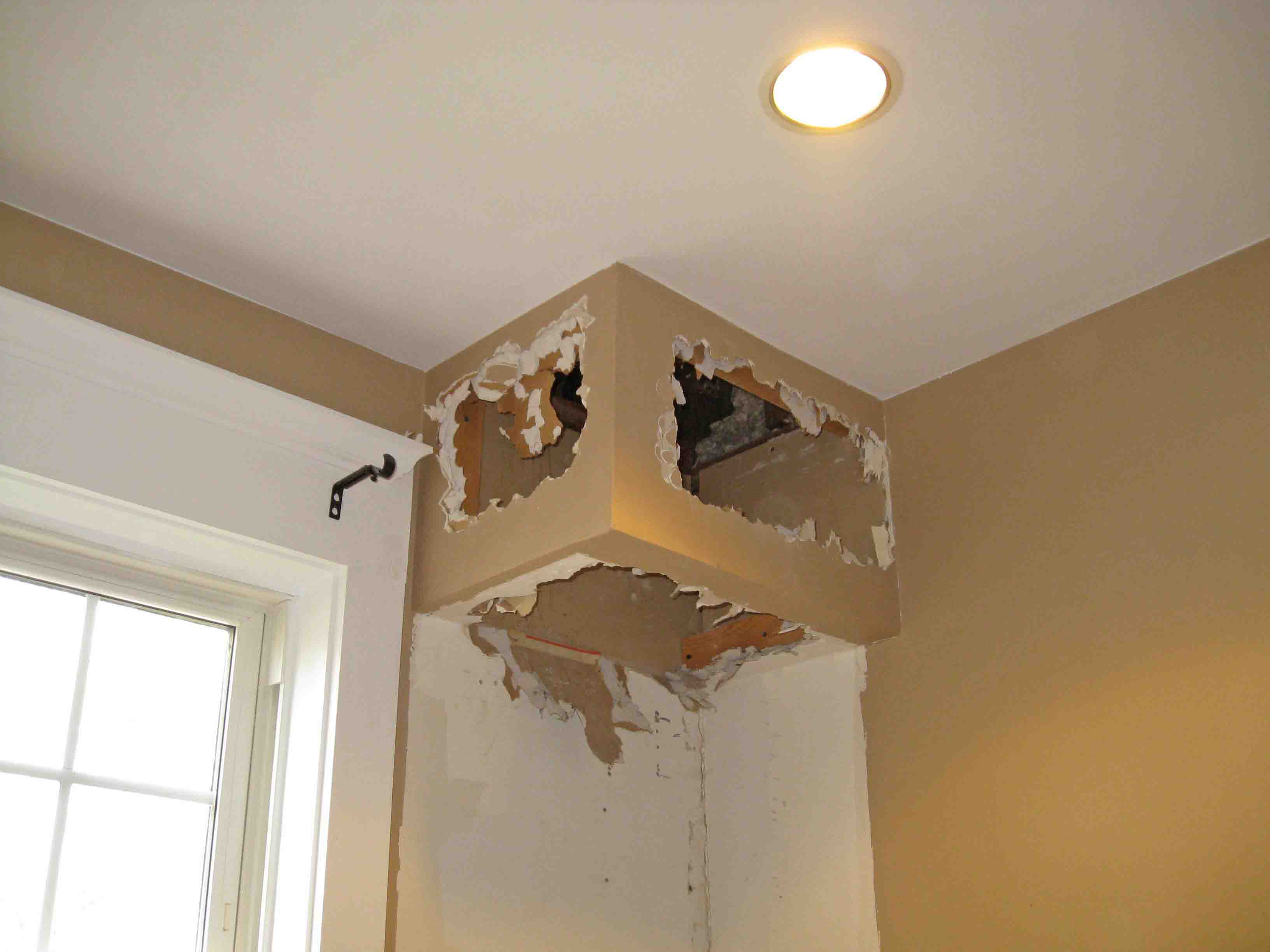 Removing Kitchen Soffits | SunshineandSawdust